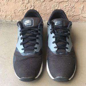 Men Nike Air Max Tavas Shoes Size 10